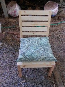 How to Make Outdoor Cushions Using Recycled Plastic Bags