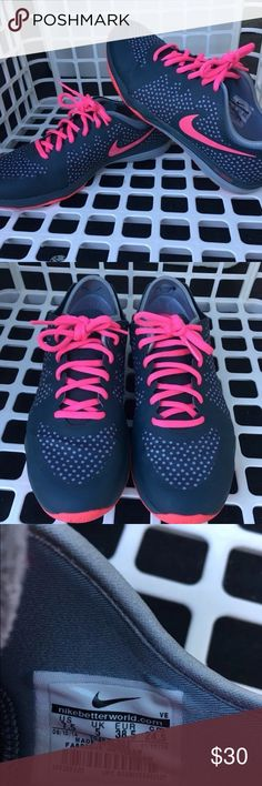 Nike Dual Fusion Woman's Sneakers Nike symbol a tad worn on the soul but other wise in great condition Nike Shoes Athletic Shoes