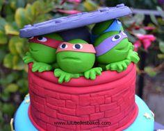 Sugar paste TMNT cake topper