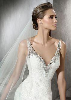 pronovias-2016-wedding-dresses-PRAMA_D
