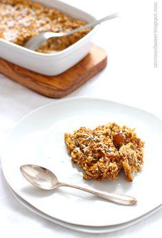 Rezept für ein gebackenes Apfel-Hafer-Porridge (vegan) / THE.WAITRESS. Blog