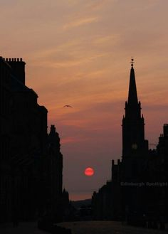Sunrise on the Royal Mile - Edinburgh, Scotland