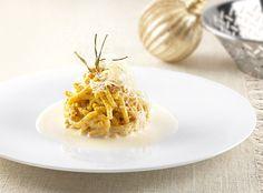 Il menu delle Feste dello chef Aurora Mazzucchelli ricetta primo: passatelli con fonduta di Parmigiano Reggiano     casadivita.despar.it