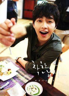 Song Joong Ki ☆ 송중기 - Page 149 - soompi Pretty Songs, Cute Songs, Asian Actors, Korean Actors, Korean Dramas, Descendants, Kpop, Running Man Song, Jun Matsumoto