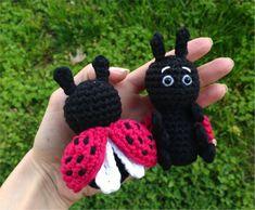 Free crochet pattern to make this cute amigurumi ladybug! Easy and quick! Patron de crochet gratuit pour réaliser cette mignonne petite coccinelle! Facile et rapide!