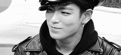 A smile from T.O.P [gif]