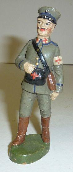 HALTIN Sanitäter sehr frühe Massefigur aus Sammlung Soldat 11 cm Serie | eBay
