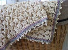 Meraki: How to: hæklet babytæppe Crochet Bebe, Love Crochet, Learn To Crochet, Crochet For Kids, Crochet Yarn, Crochet Hooks, Crochet Afghans, Baby Afghans, Crochet Stitches Patterns