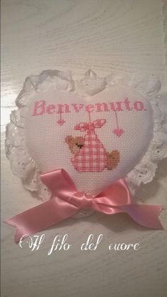 Cross Stitch Baby, Cross Stitch Patterns, Bebe Baby, Hobbies And Crafts, Cross Stitching, Handmade Crafts, Picsart, Teddy Bear, Baby Shower