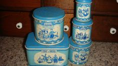 WOLVERINE Vintage Tin Bread, Cake, Canister Set 5 Piece Blue Delft Child's Toy