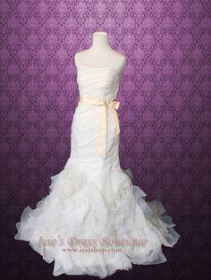 Strapless Organza Ruffles Mermaid Fit and Flare Wedding Dress | Ieie's Bridal Dress Boutique