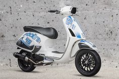 New look Polini Vespa 4T #polini #vespa #look #new #stickers #white #blue #madeinitaly #race #racing #bianco #blu #scooter #moto #motorbike #motorsport #sport #tuning #style #4stroke #motorcycle #shoot #comingsoon #engine #exhaust