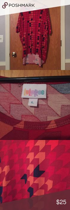 Lularoe Irma size L Red Irma tunic from lularoe. Worn 2-3times LuLaRoe Tops Tunics