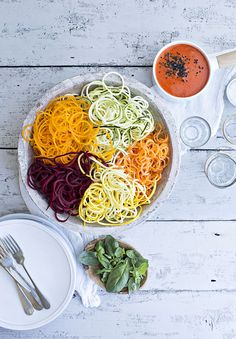 Natural born feeder published by Gill. Styled by Jette Virdi Natural Born Feeder, Come Dine With Me, A Food, Spaghetti, Healthy Recipes, Dining, Ethnic Recipes, Rainbow, Photography