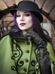 Darkness Girl, Elegant Gloves, Victorian Era Fashion, Smart Outfit, Black Leather Gloves, Long Gloves, Gothic Girls, Fashion Models, Women's Fashion