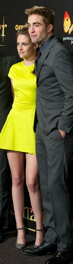 Kristen Stewart & Rob Pattinson at the the Breaking Dawn 2 Premiere in Madrid - November 2012