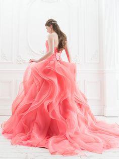 シンプルな中に可愛らしさが光る*ドレスショップ〔シンデレラ〕のカラードレスがとっても素敵♡にて紹介している画像