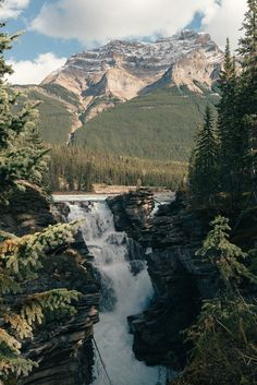 Nature photos, classic aircraft, things that catch my fancy. Hiking Photography, Nature Photography, Photo D Art, Adventure Awaits, Adventure Travel, Beautiful Landscapes, The Great Outdoors, Wonders Of The World, Travel Inspiration