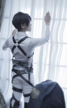 リヴァイ - Tomoka Ayuri(Ayuritomoka) Levi Cosplay Photo - WorldCosplay