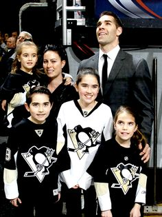 Washington: Pascal Dupuis and his family look on while a tribute video to Dupuis' career plays. Miss you Duper Pens Hockey, Ice Hockey Teams, Hockey Stuff, Sports Teams, Pittsburgh Sports, Pittsburgh Penguins Hockey, Pascal Dupuis, Hockey Rules, Hockey Wife