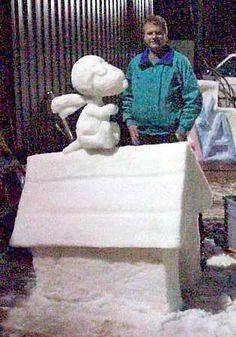 Snoopy Doghouse Snow Sculpture