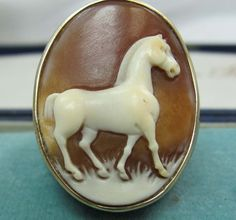 Amadeo 14ct Carved Tigers Eye Horse Cameo Ring