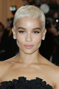 Zoe Kravitz - See the best hair and make-up from the Met Gala 2017 red carpet in glorious close-up detail