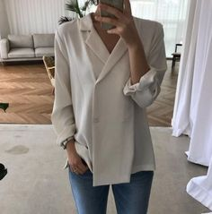 Trendy Fashion Minimalist Sommer Casual Monochrom – - New Site Blazer Fashion, Hijab Fashion, Korean Fashion, Fashion Outfits, Womens Fashion Online, Latest Fashion For Women, Trendy Fashion, Fashion Trends, Minimalist Fashion Women