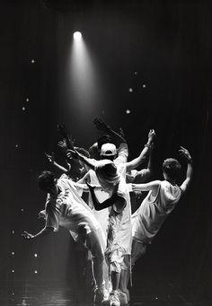 EXO (with former members Kris, Tao, and Luhan) Korean K Pop, Korean Wave, Korean Star, Chanyeol Baekhyun, Park Chanyeol, Kpop Exo, Exo K, 2ne1, Exo Ot12