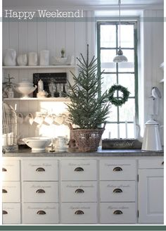 Home Interior Illustration A Little Tipsy: 50 Nature Inspired Holiday Decor Ideas.Home Interior Illustration A Little Tipsy: 50 Nature Inspired Holiday Decor Ideas Cottage Christmas, Christmas Kitchen, Scandinavian Christmas, Little Christmas, Country Christmas, White Christmas, Elegant Christmas, Swedish Christmas, Cozy Christmas