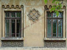 Neo-Romanian style windows, Bucharest