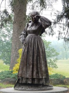 American Civil War Monuments Elizabeth Thorn Statue Evergreen Cemetery Gettysburg, PA Photos and Text courtesy of LCWRT Member C. America Civil War, Gettysburg, Southern Style, Historical Sites, Monuments, Cemetery, Evergreen, Statue, American