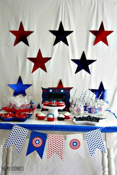 """You can throw a """"SUPER"""" Captain America Party with these ideas and free printables! #HeroesEatMMs #CollectiveBias #shop"""