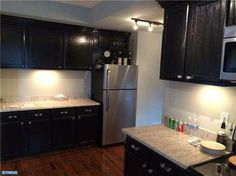 Gorgeous cabinets and counters!! 542 CHESTNUT STPottstown, PA
