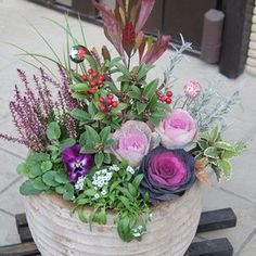 クリックで拡大してご覧ください。 Flower Pots, Potted Flowers, Garden Plants, Container Gardening, Flower Arrangements, Floral Wreath, Bouquet, Wreaths, Inspiration