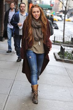 This style of Miley! Without errors. So cute
