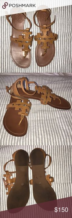 TORY BURCH Brown leather sandal Brown large Tory Burch logo sandals! Worn 2 times, amazing condition, comes with new duster bag! Tory Burch Shoes Sandals