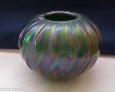 SMALL Special LUNDBERG Signed IRIDESCENT Delightful GREEN AURENE Art Glass VASE