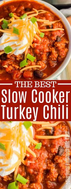 Simple to make right in your slow cooker and the best fall recipe. Serve this Slow Cooker Turkey Chili with warm cornbread or crackers Best Slow Cooker Chili, Slow Cooker Recipes, Crockpot Recipes, Cooking Recipes, Healthy Recipes, Slow Cooker Turkey Chilli, Crockpot Turkey Chili, Ketogenic Recipes, Cheese Recipes