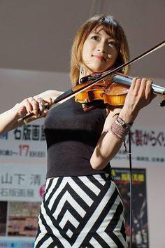 Violinst Ayasa!2017/06~2017/07/17!月間 LIVEスケジュール!Media06/23最新情報‼︎ DVDイベントHMVエソラ池袋DECAYSメンバー,随一の喋りの達人!!!参入!!! facebook.com/satoru.akizu/p… #Ayasa
