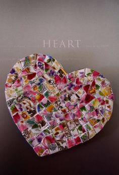 285 best images about Mosaic Hearts Mosaic Garden Art, Mosaic Diy, Mosaic Crafts, Mosaic Projects, Mosaic Glass, Mosaic Tiles, Stained Glass, Glass Art, Mosaic Mirrors