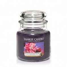 Yankee Candle Medium Jar - Black Plum Blossom