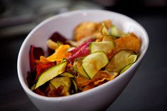 groentenchips - Piet Huysentruyt Healthy Snacks, Healthy Recipes, Open Kitchen, Ratatouille, A Food, Foodies, Chips, Appetizers, Sweets