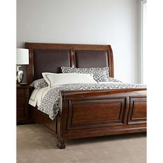 Hooker Furniture Ryland Queen Sleigh Bed (€1.985) ❤ liked on Polyvore featuring home, furniture, beds, queen sleigh headboard, antiqued furniture, distressed queen headboard, queen head board and distressed headboard