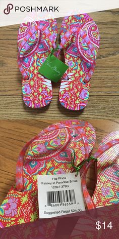 NWT Vera Bradley Paisley in Paradise Flip Flops Super cute & fun Vera Bradley flip flops in the pattern Paisley in Paradise. Size Small so it fits sizes 5-6. Vera Bradley Shoes Sandals