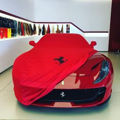 Ferrari 812 Superfast Di modena product under cover