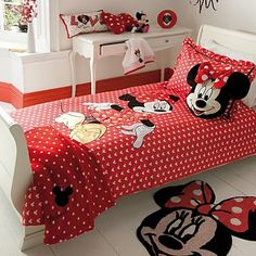 59 Best Ideas for Shelby\'s Minnie Mouse Bedroom images in 2013 ...