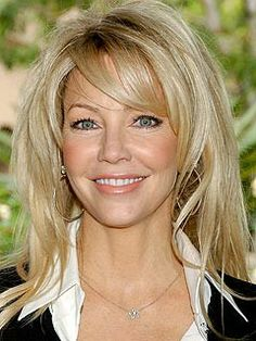 Haircuts Trends Heather Locklear (Kibbe G) Discovred by : Laurette Murphy Haircuts For Wavy Hair, Hairstyles Over 50, Short Hair Cuts, Cool Hairstyles, Short Wavy, Casual Hairstyles, Pixie Haircuts, Braided Hairstyles, Wedding Hairstyles