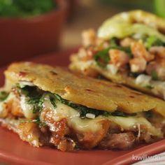 Amazing Food Videos, Buzzfeed Food Videos, Cheesy Recipes, Food Tasting, Salsa Verde, Thanksgiving Recipes, Soul Food, Food Dishes, Mexican Food Recipes