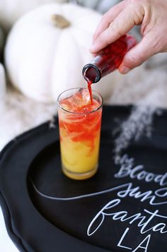 Halloween tabletop ideas and cocktails for a spooky party vibe